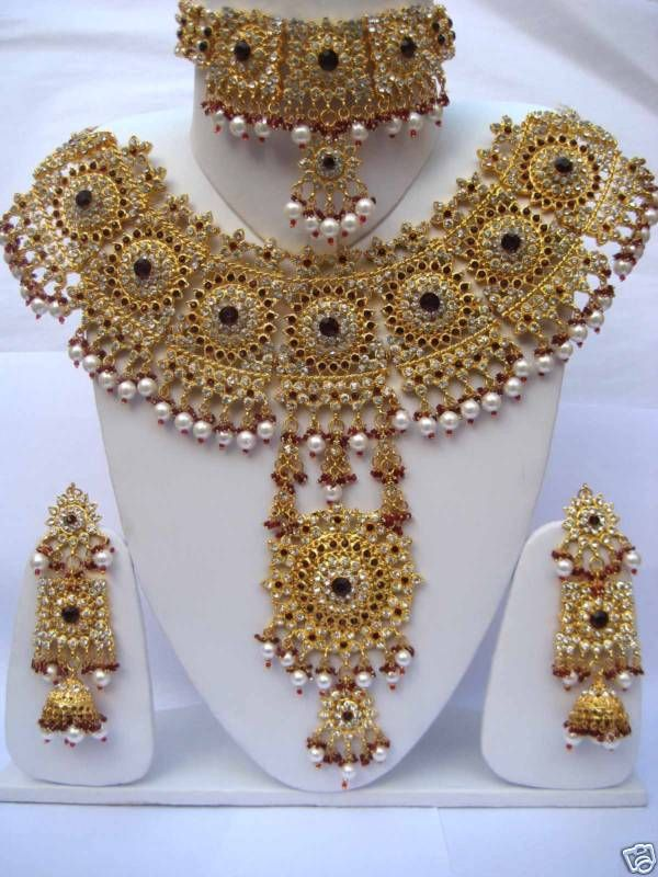 indian jewelry Gold Indian Bridal Jewelry Sets Indian jewelry