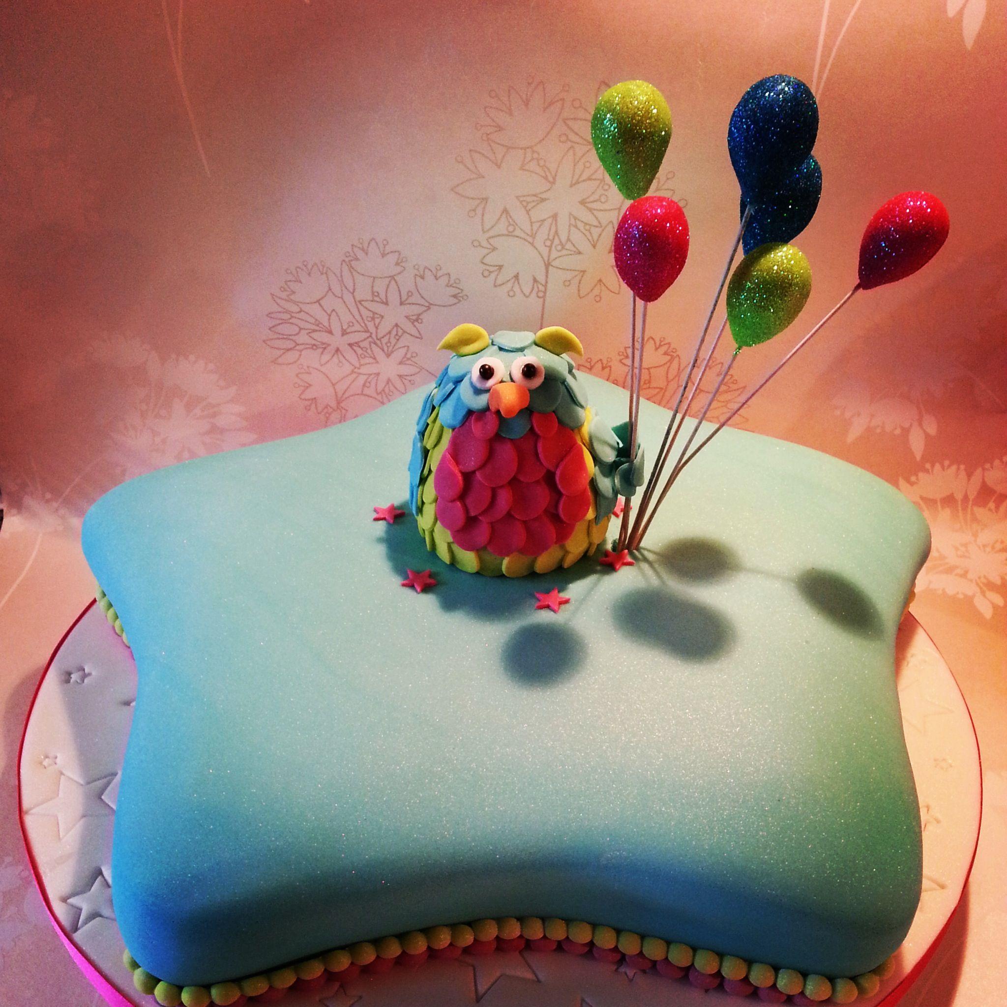 Owl Star Shaped Cake