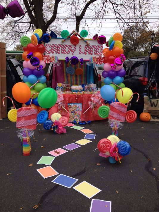 My first trunk or treat creation #candy #candy #land #trunkortreatideasforcarsforchurch