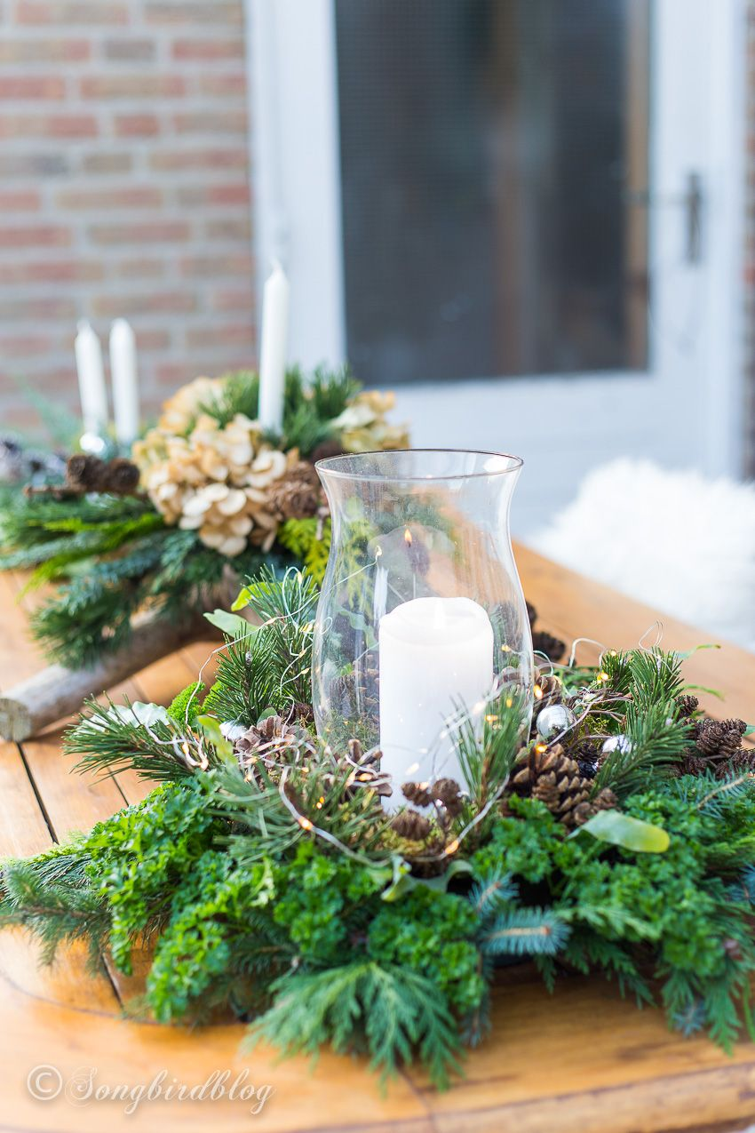 I Learned Form The Best How To Make Fresh Christmas Table Decorations Christmas Table Decorations Christmas Floral Arrangements Christmas Centerpieces