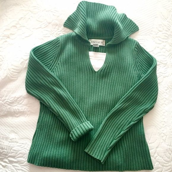 SALE JONES NEW YORK JonesWear Sport Sweater ❤️ If green is