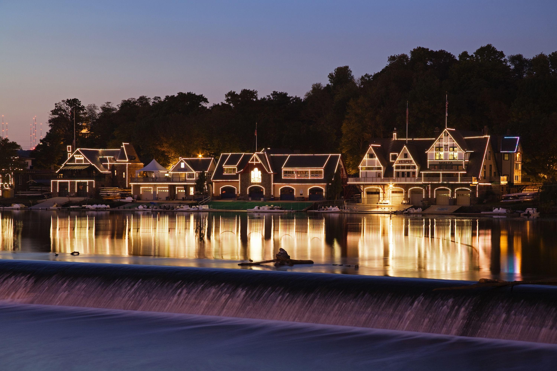 Pennsylvania: Boathouse Row