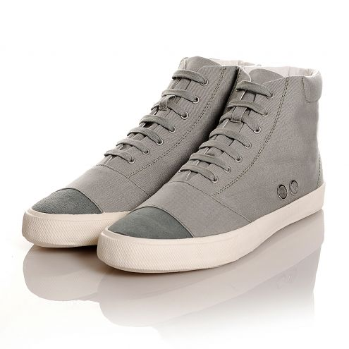 386g grey cotton canvas, from Gram.
