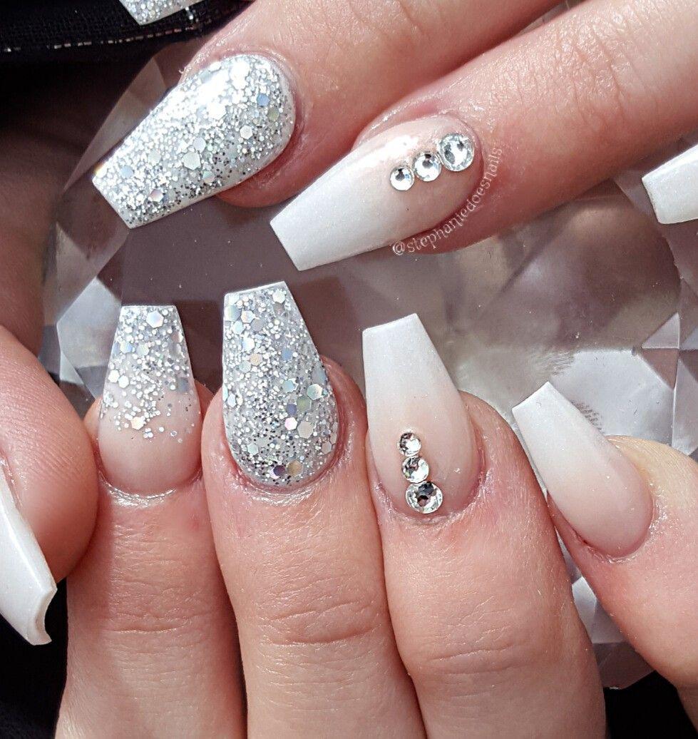 Grad nails   Nails, Formal nails, Gold nails