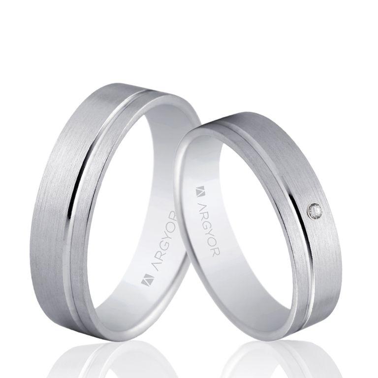Una Preciosa Pareja De Alianzas De Oro Blanco Con O Sin Diamante Alianzadecompromiso Al Alianzas De Oro Blanco Anillo De Matrimonio Hombre Alianzas De Boda