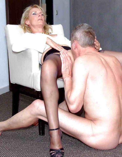 dominant sexmassage aan het lapdancen in Culemborg