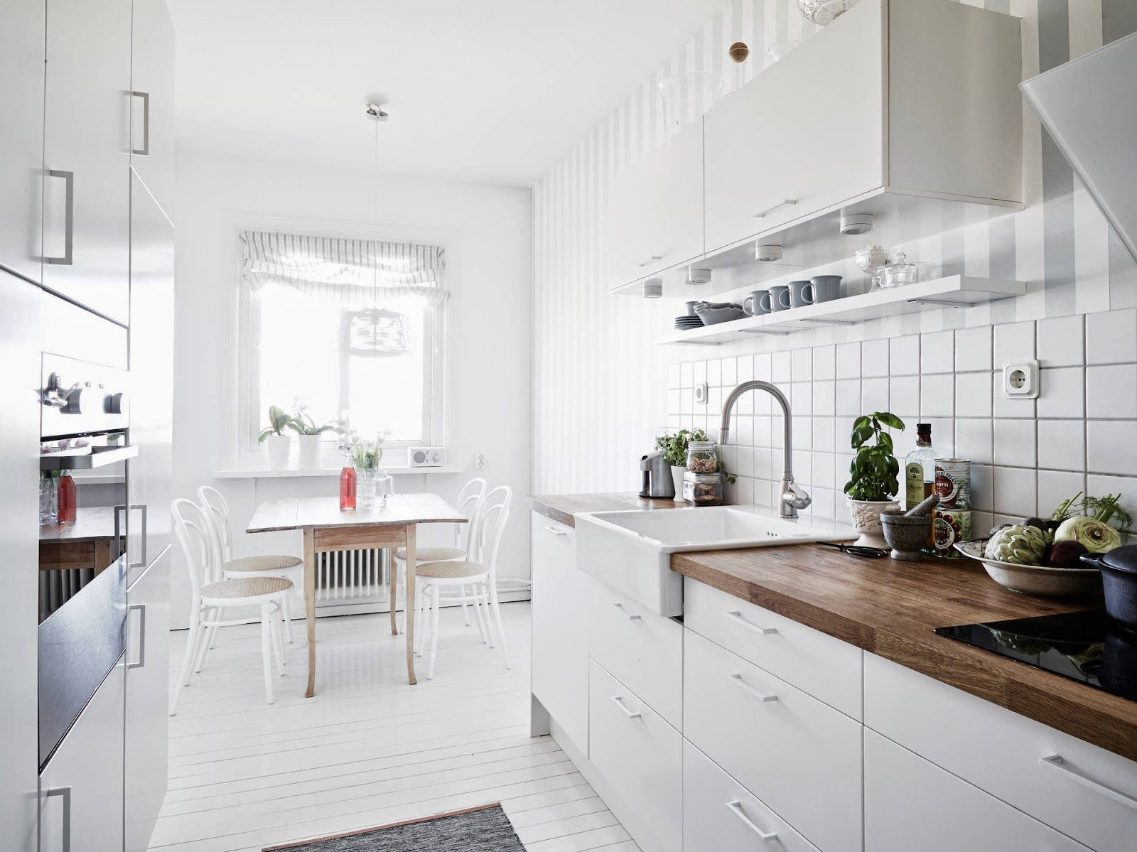 A Light And Airy White And Grey Swedish Apartment Scandinavian Kitchen Design Kitchen Interior Kitchen Inspirations