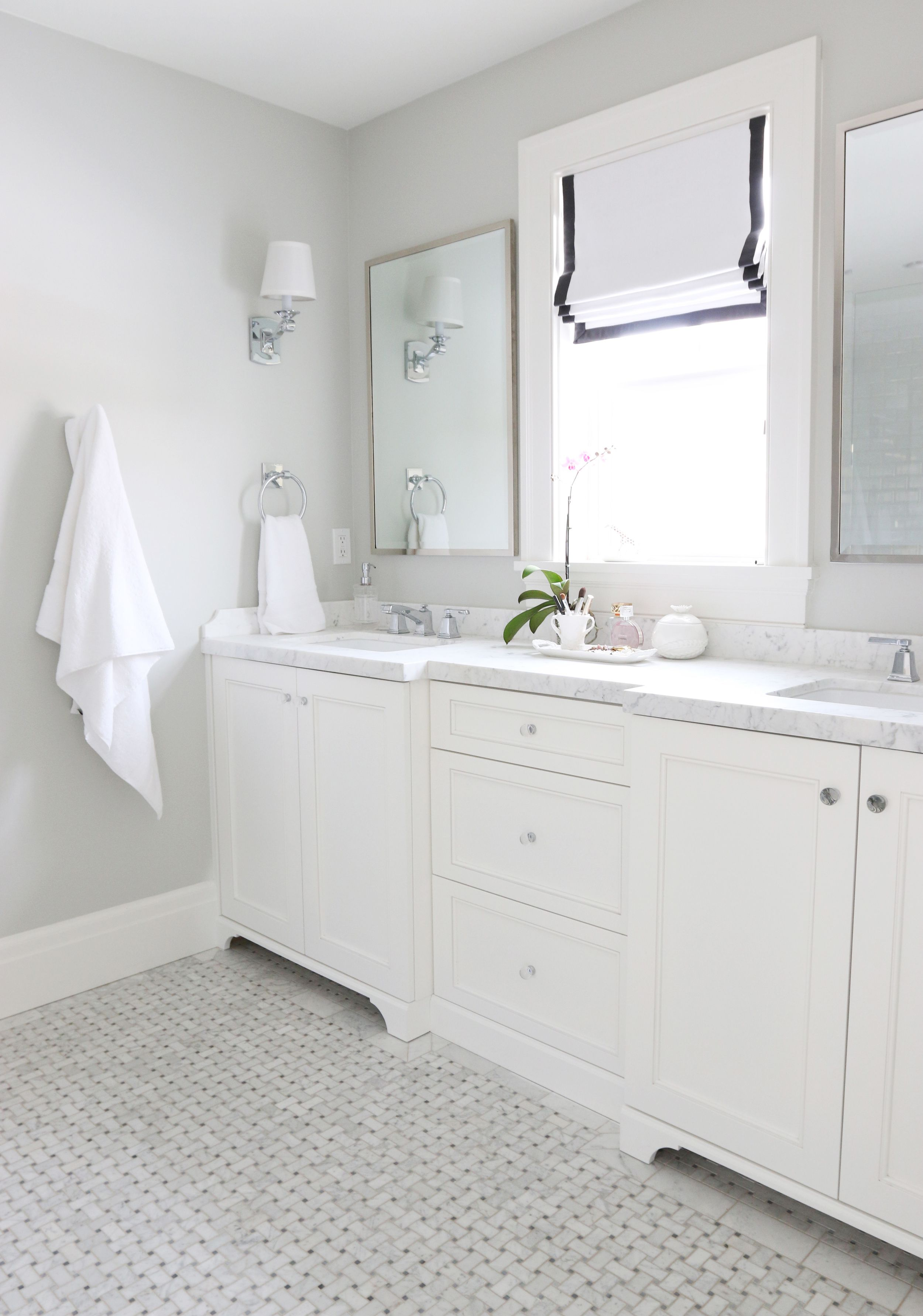 the midway house master bathroom girls rooms bathroom. Black Bedroom Furniture Sets. Home Design Ideas
