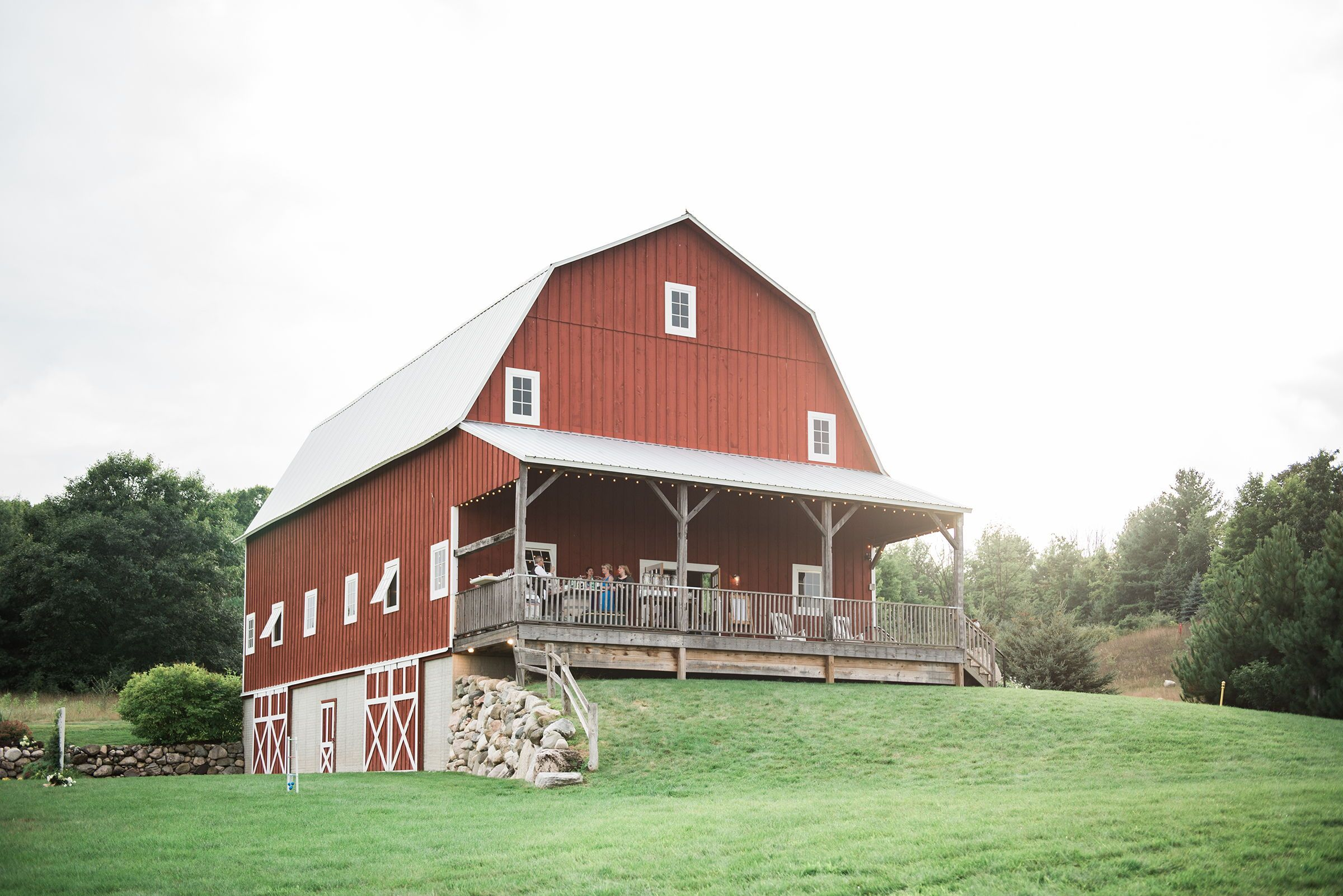 A Barn Wedding Near Traverse City, Michigan | Michigan ...