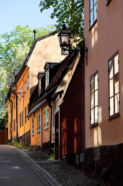 Yttersta Tvärgränd, Stockholm by Look at the Birdie!, via Flickr