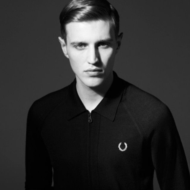 Fred Perry knitted sweater super smooth #fredperry#blacksweater #streetfashion #streetstyle #mensstyle #mensfashion #oldschool #dapper #suave #classic #stylish #fashionbloggers #blackpelican...