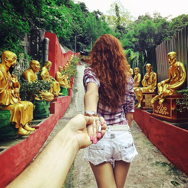 Photographer Follows His Girlfriend Around The World Girlfriends - Guy photographs his girlfriend as they travel the world