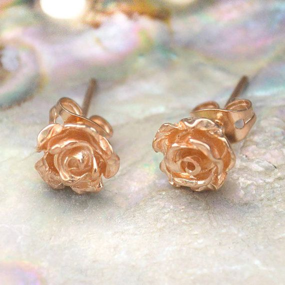 Flower Stud Earrings Rose Gold Earrings Nature Earrings Stud Earrings Rose Flower Earrings Round Earrings Everyday Earrings Stud Earrings In 2020 Rose Gold Earrings Studs Flower Earrings Studs Rose Gold Flower