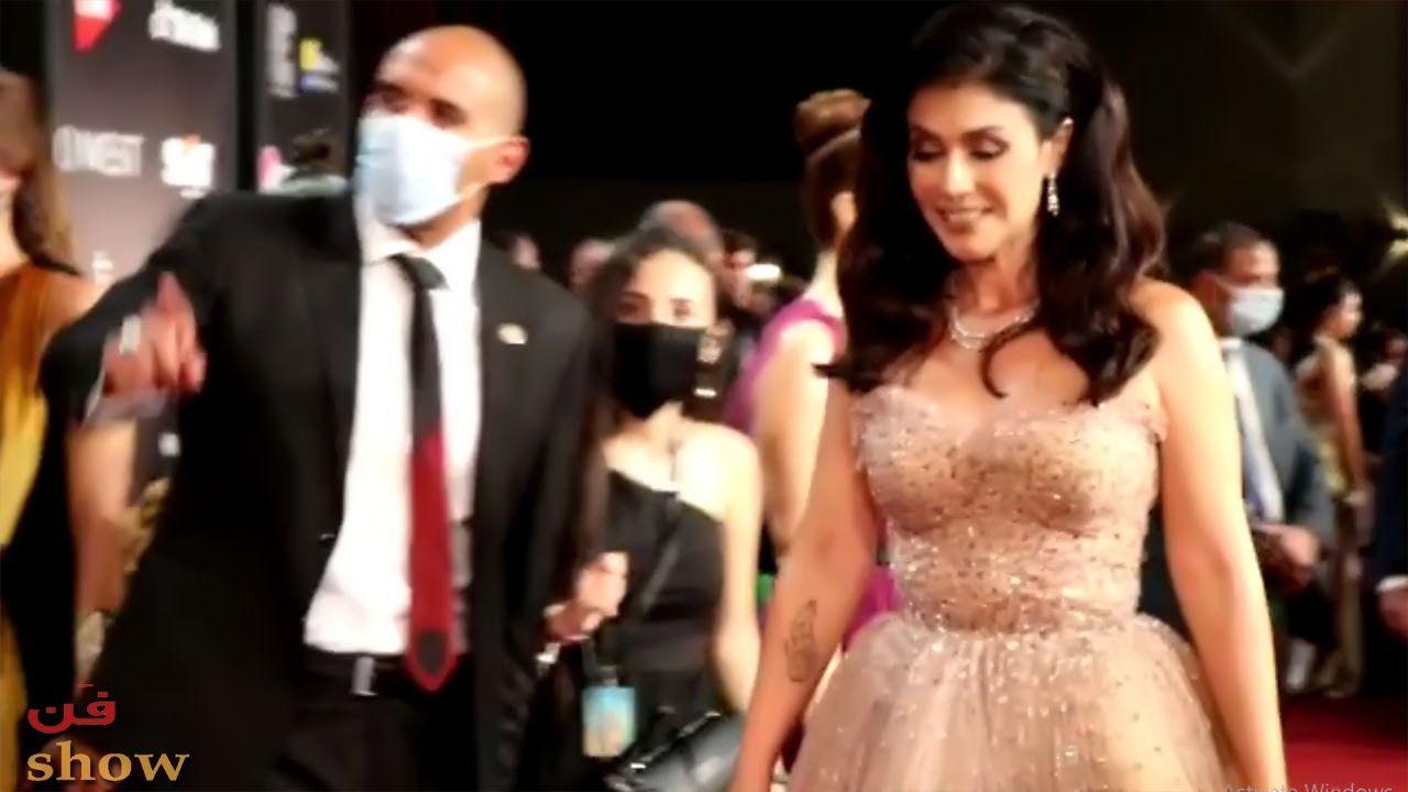 بسمة بوزن زائد في افتتاح مهرجان الجونة وماذا قالت هي وجمال سليمان عن الم In 2020 Formal Dresses Dresses Prom Dresses