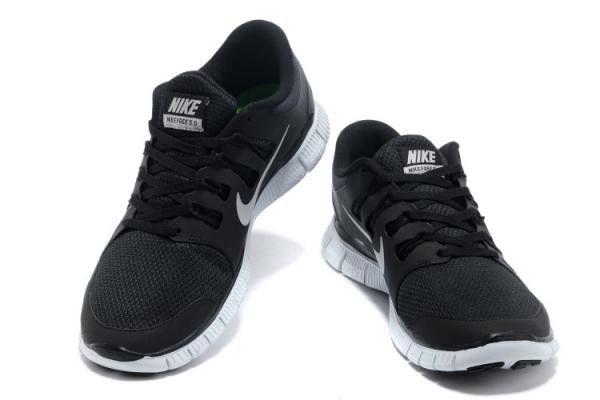 Sneakers für Damen von Nike Free 5.0 v2 Schwarz Weiß Grau Deutschland  Online Outlet