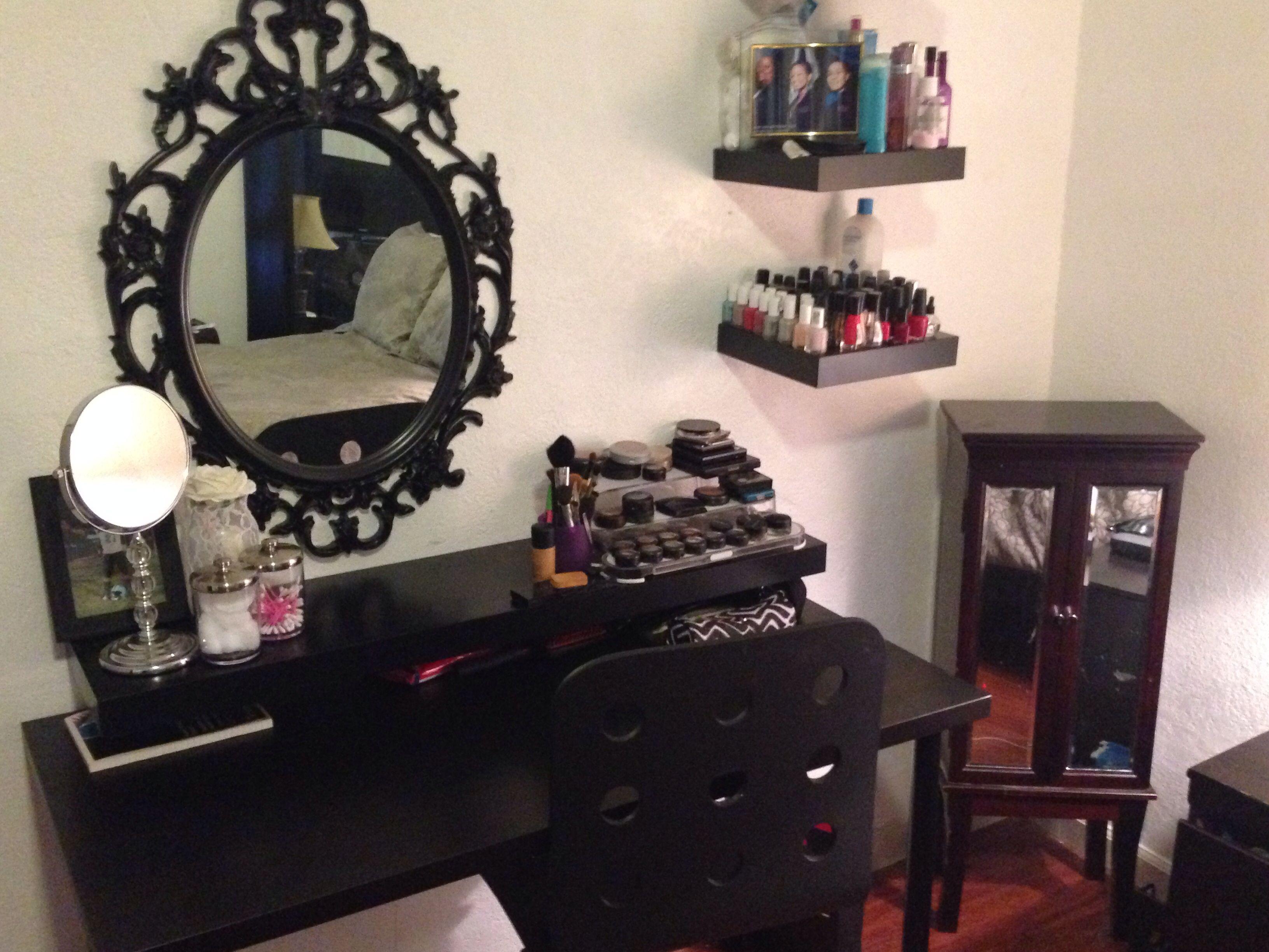 DIY vanity! ikea style Diy vanity table, Decor, Diy vanity