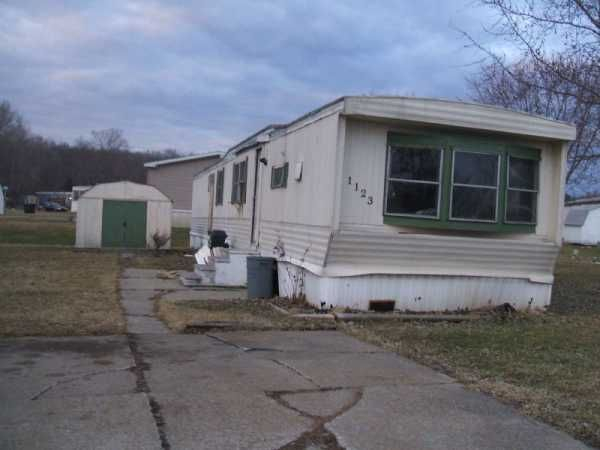 Pmc Mobile Home For Sale In Brookfield Oh Mobile Homes For Sale Mobile Home Ideal Home