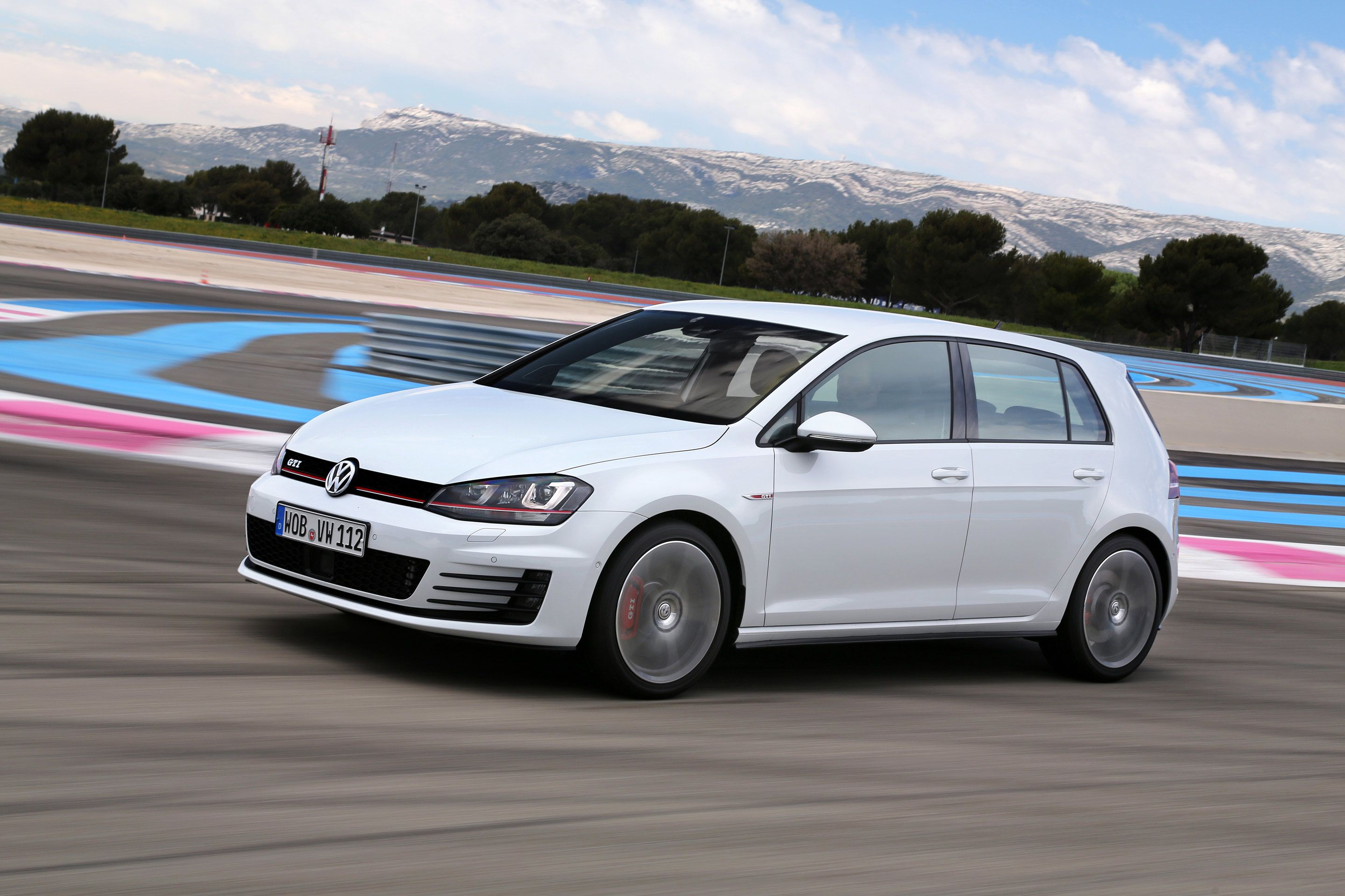Vw Golf 7 Gti Pictures Wallpapers