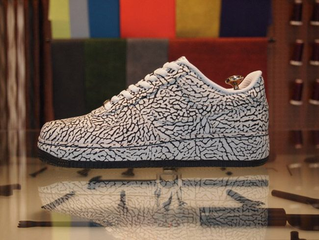 Examples: Nike iD Air Force 1 Elephant Print