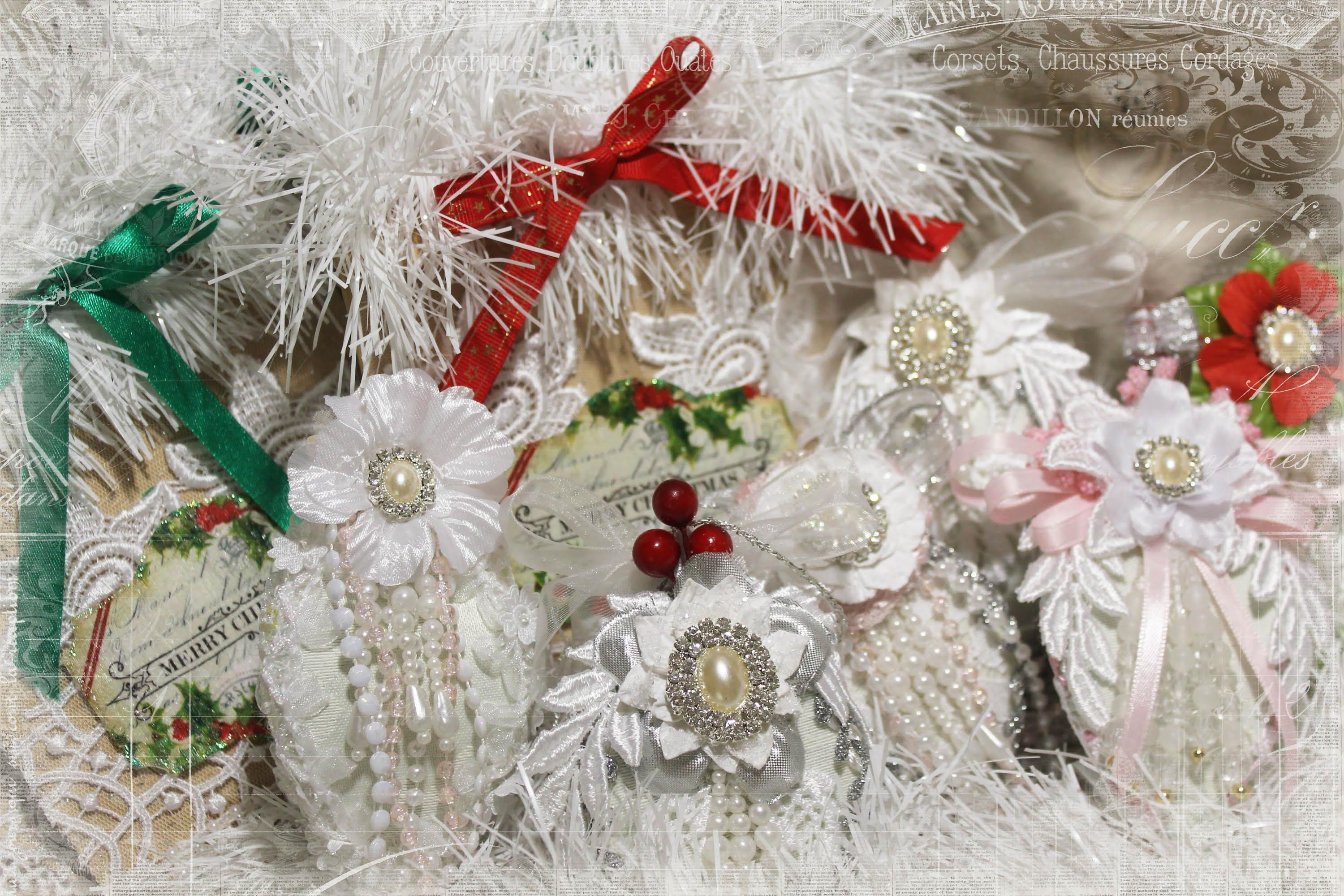 Christmas ornaments and gift bags with tresors de luxe - Navidad shabby chic ...