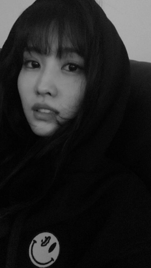 Momo Twice Selca Instagram Hirai Momo Momo Nayeon