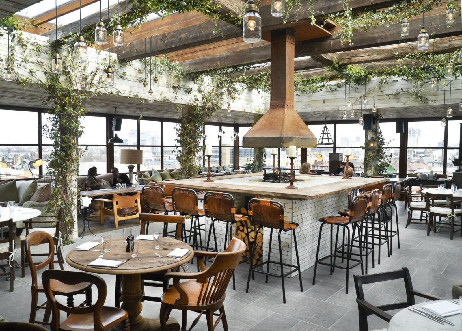 10 Cool London Restaurants With Greenery Steph Style Outdoor Restaurant Patio Shoreditch House Restaurant Patio
