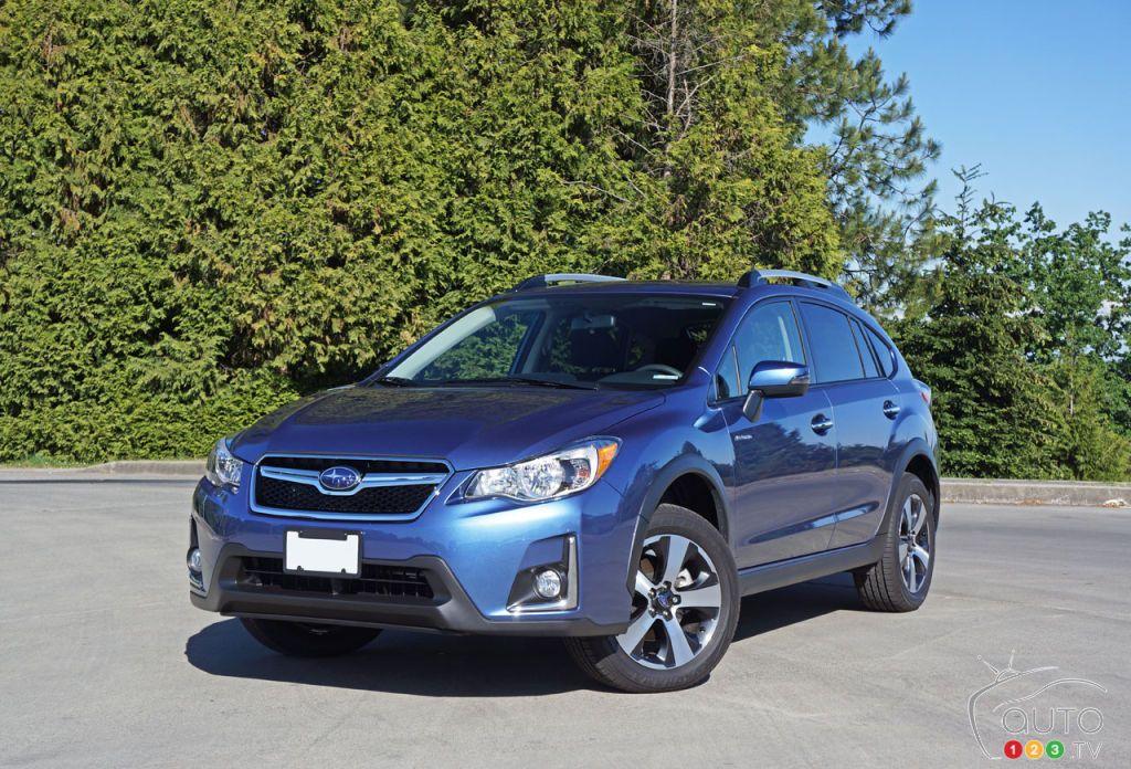 2016 Subaru Crosstrek Hybrid makes you save fuel in town