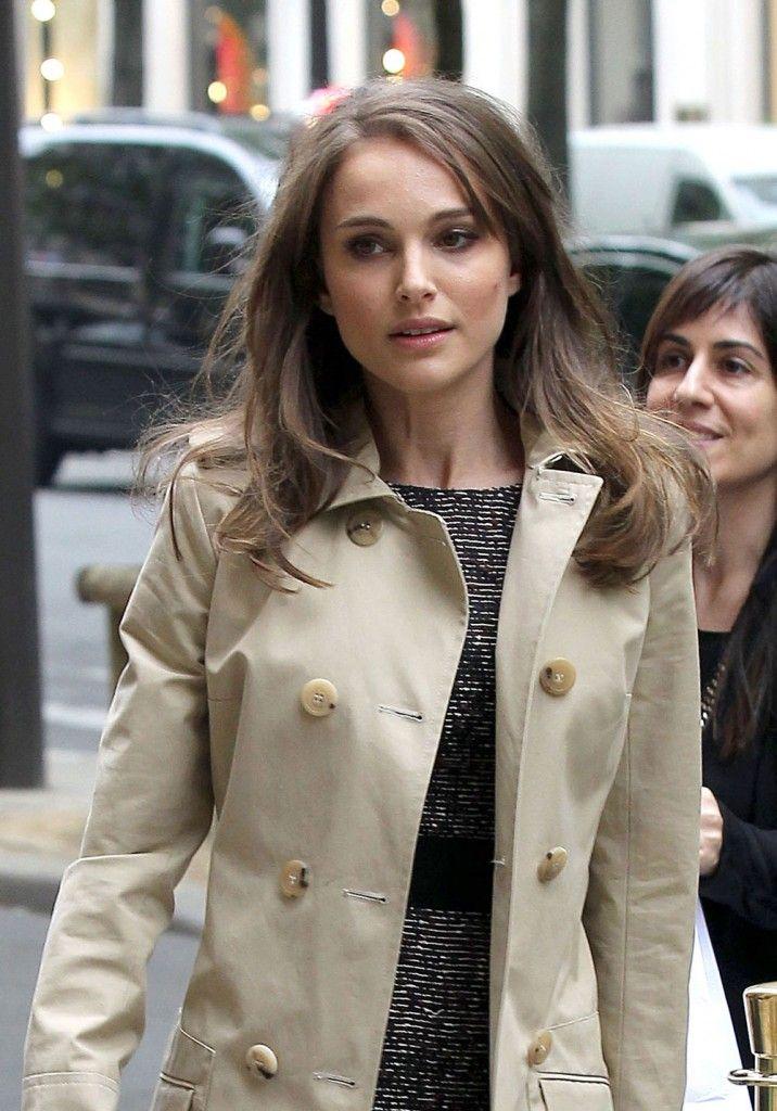 Natalie Portman's business look, killer coat in Paris: flawless and amazing