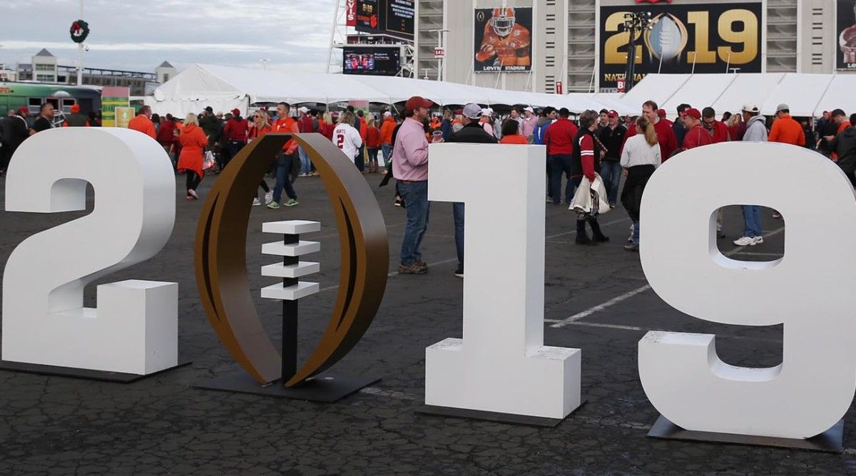 College Football Bowl Schedule TV Channel, Start Times