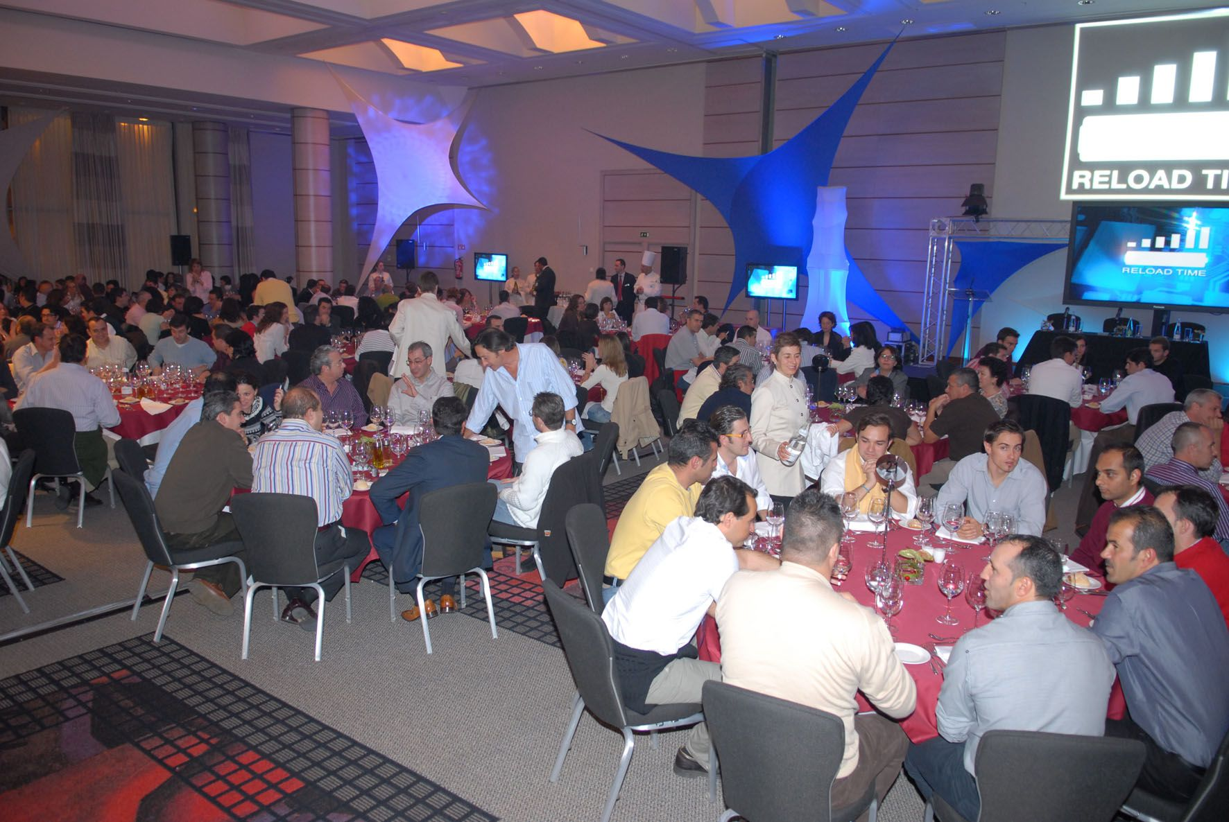 Reload Time convencion PM Valencia 2007 #reloadtime #Valencia #firstgroup #cena #Hilton