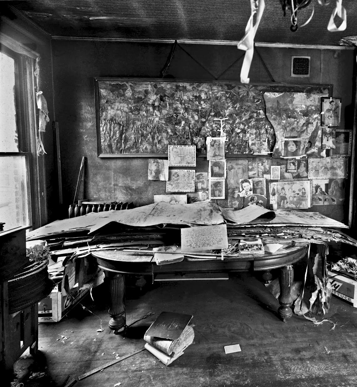 The Apartment Of The Reclusive, Self-taught Artist Henry