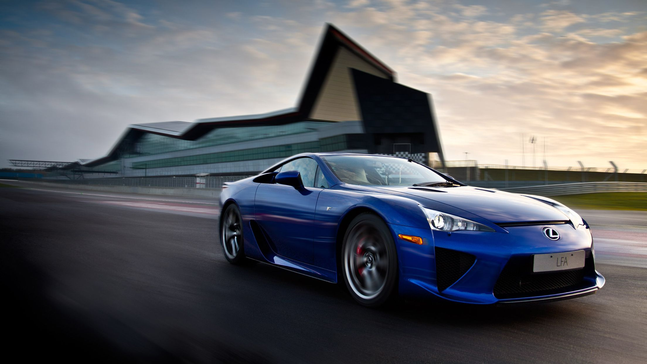 A Great Piece Of Engineering By Toyota The Lexus Lfa Lexus Lfa