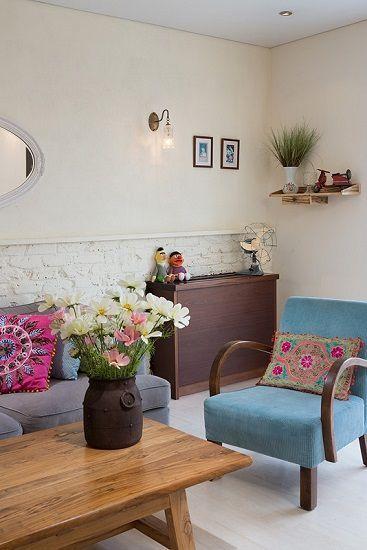 Casinha colorida: Decoração em tempos de crise: apartamento romântico