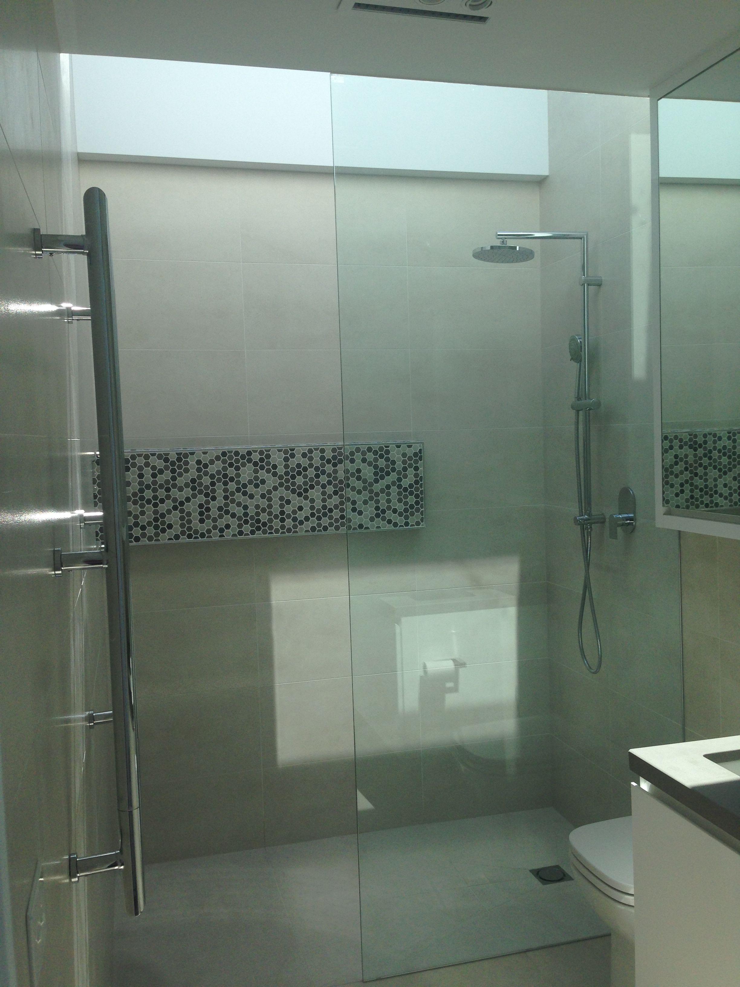 Upstairs bathroom light well | Bathroom | Pinterest | Upstairs bathrooms