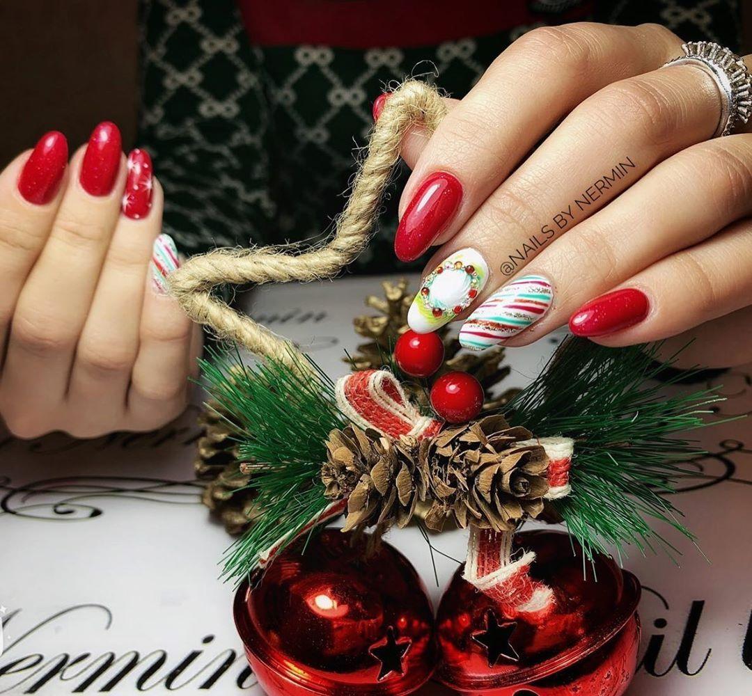 Nails By Nermin Yeni Il Herkese Ugurlu Olsun Christmas Wreaths Holiday Decor Holiday