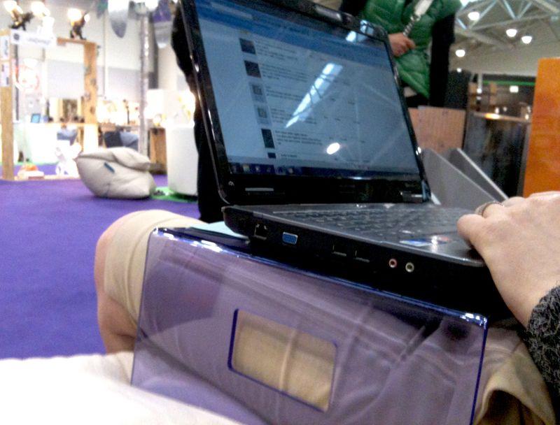Acrylic laptop stand. Servilio. #design #designtrasparente #plexiglass #laptop #macbook #macpro #apple #gadgets