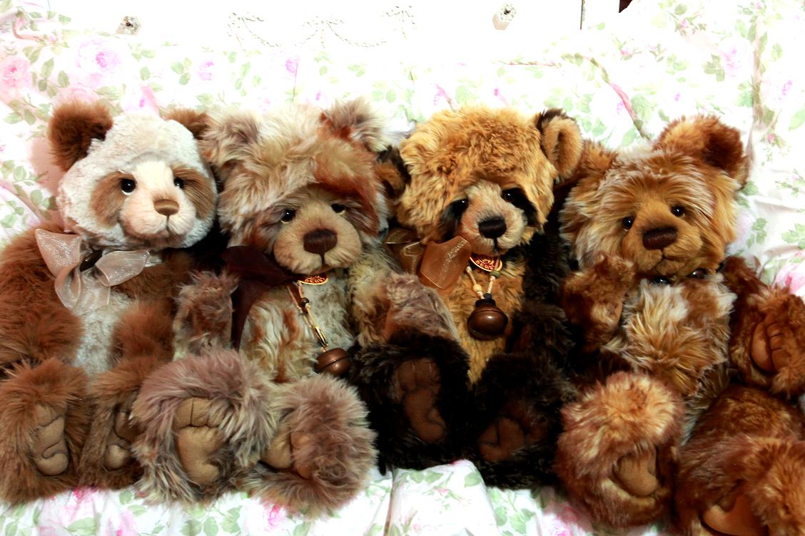 Charlie Bears Teddy Bear Hug Charlie Bears Teddy Bear