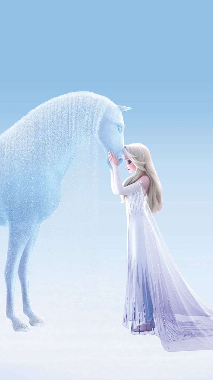 New image of Elsa in white dress shows details of frozen ...