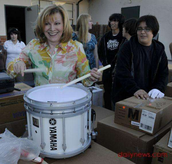 21 Celebrities Who Play Drums With Images How To Play Drums