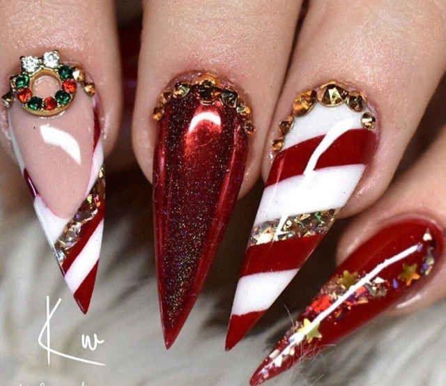 Über 70 Nail Art Design-Ideen für Weihnachten und Feiertage   – Nail Art Design Ideas