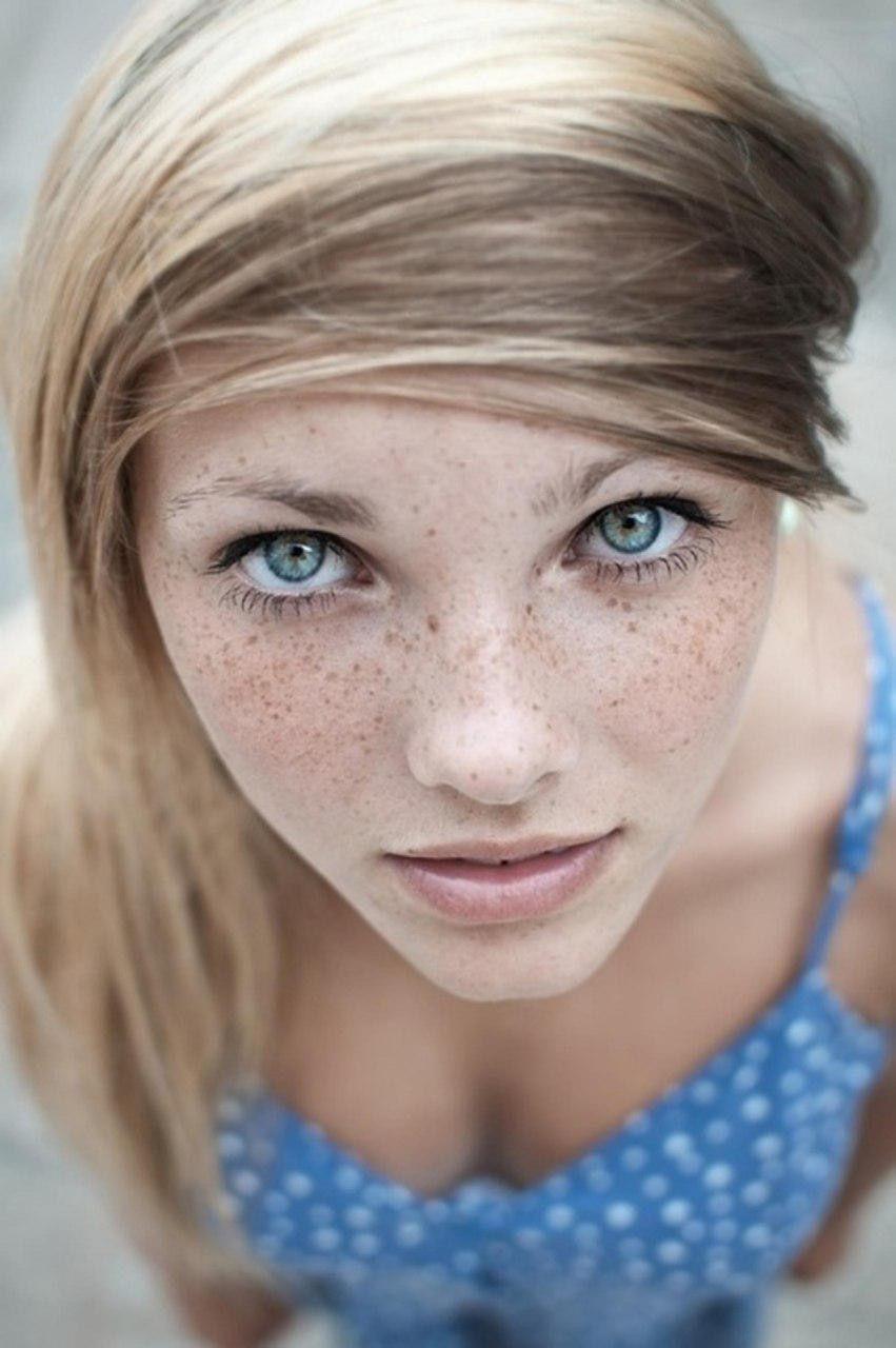 Keep On Looking Up Beautiful Eyes Freckles Girl Beauty Eternal
