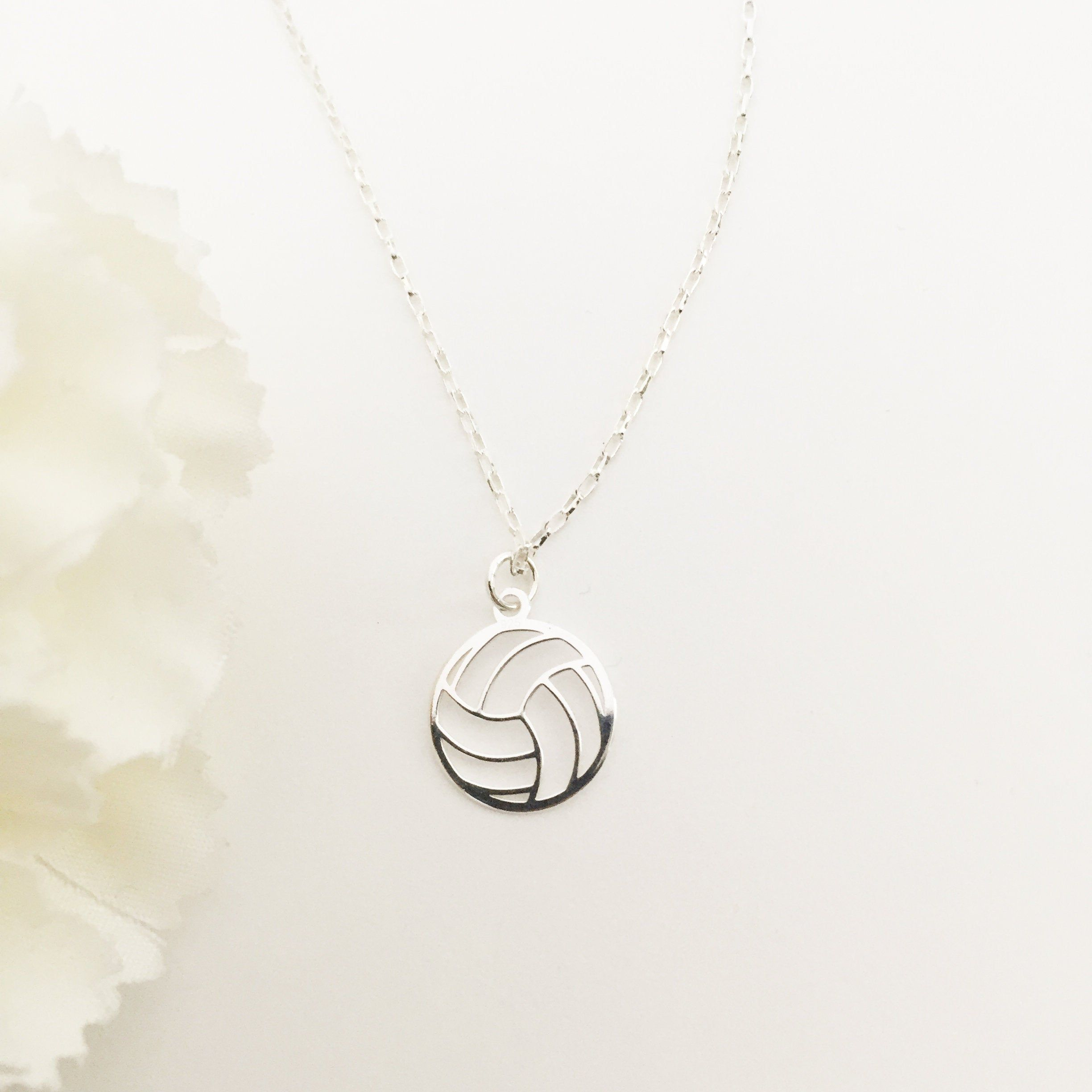 Silver Volleyball Necklace En 2020