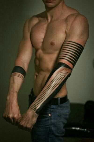 Horizontal Line Tattoo: Contemporary Tattoo With Vertical And Horizontal Lines