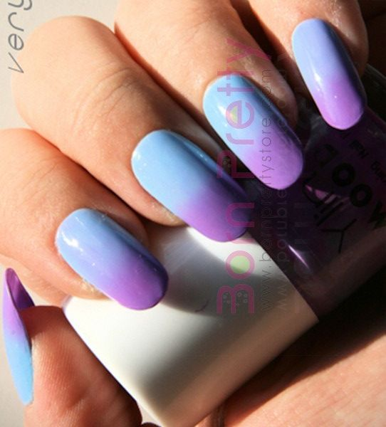 Magic Purple/Sky Blue Color Changing Mood Nail Polish
