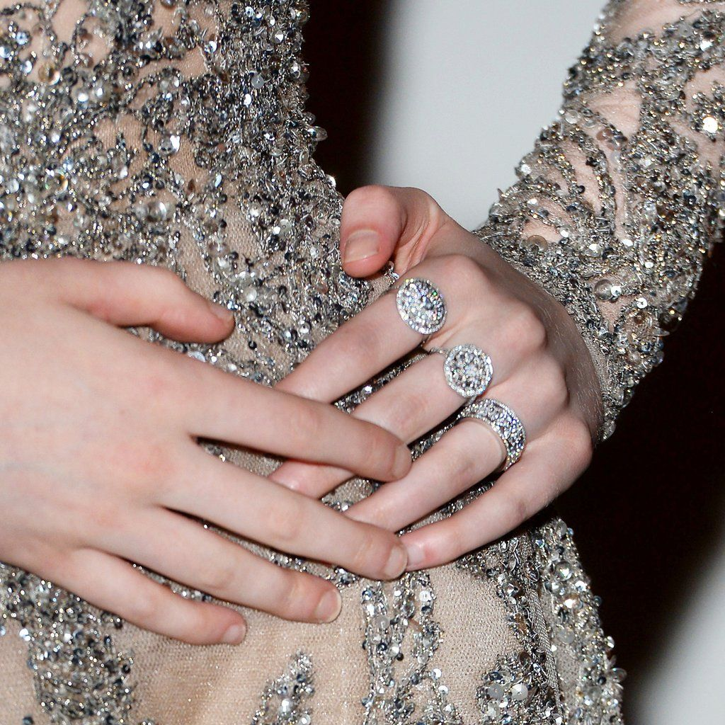 Tiffany & Co. on Twitter: Elle Fanning lit up the red carpet in ...