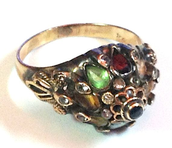 18k and Silver THAI PRINCESS RING  Natural Quality Multi Gem Opals and Rubies #vintagejewelry #vintagerings #rubyrings