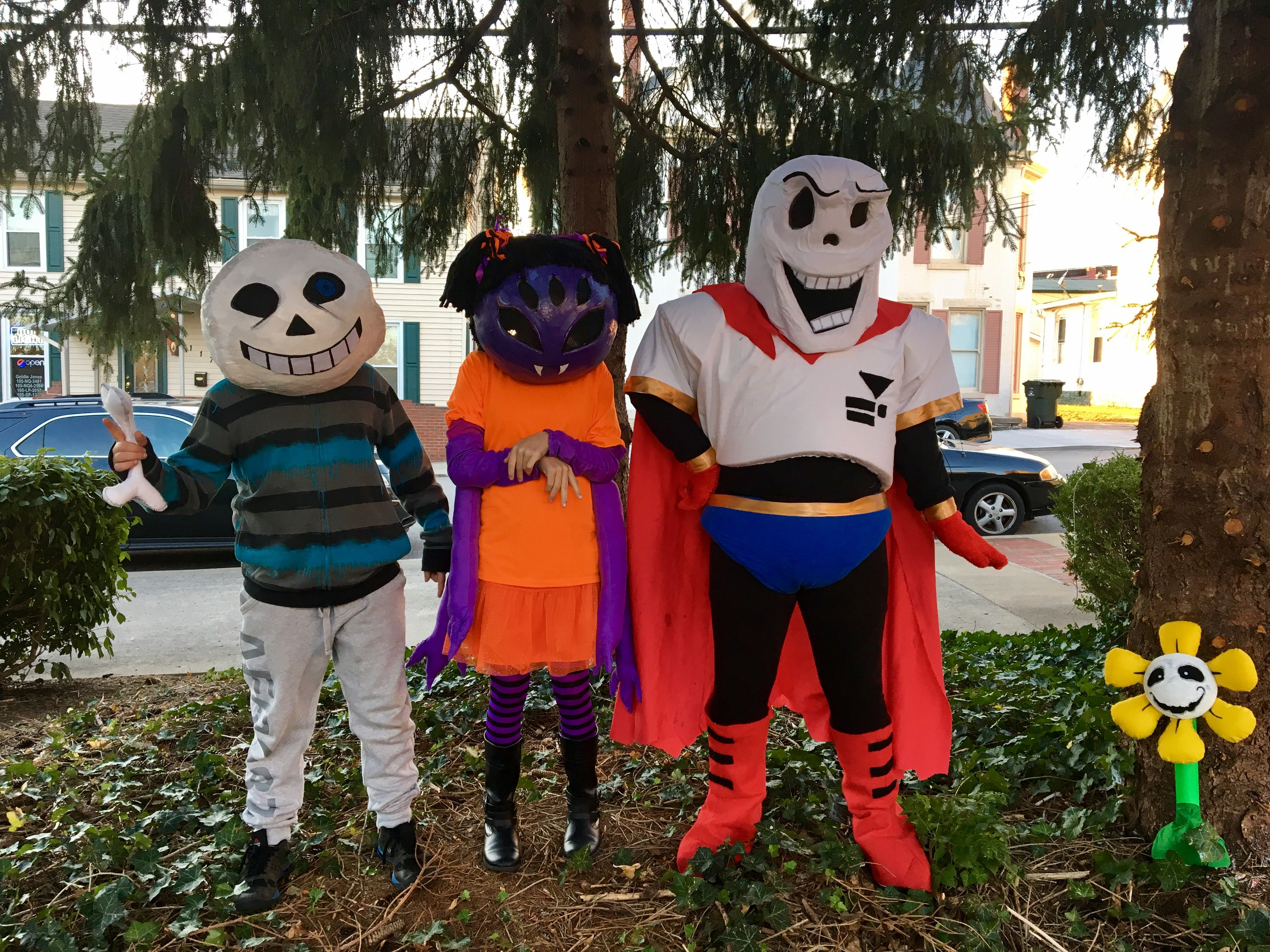 Homemade Undertale costumes Sans, Muffit, Papyrus | Creative Corner ...