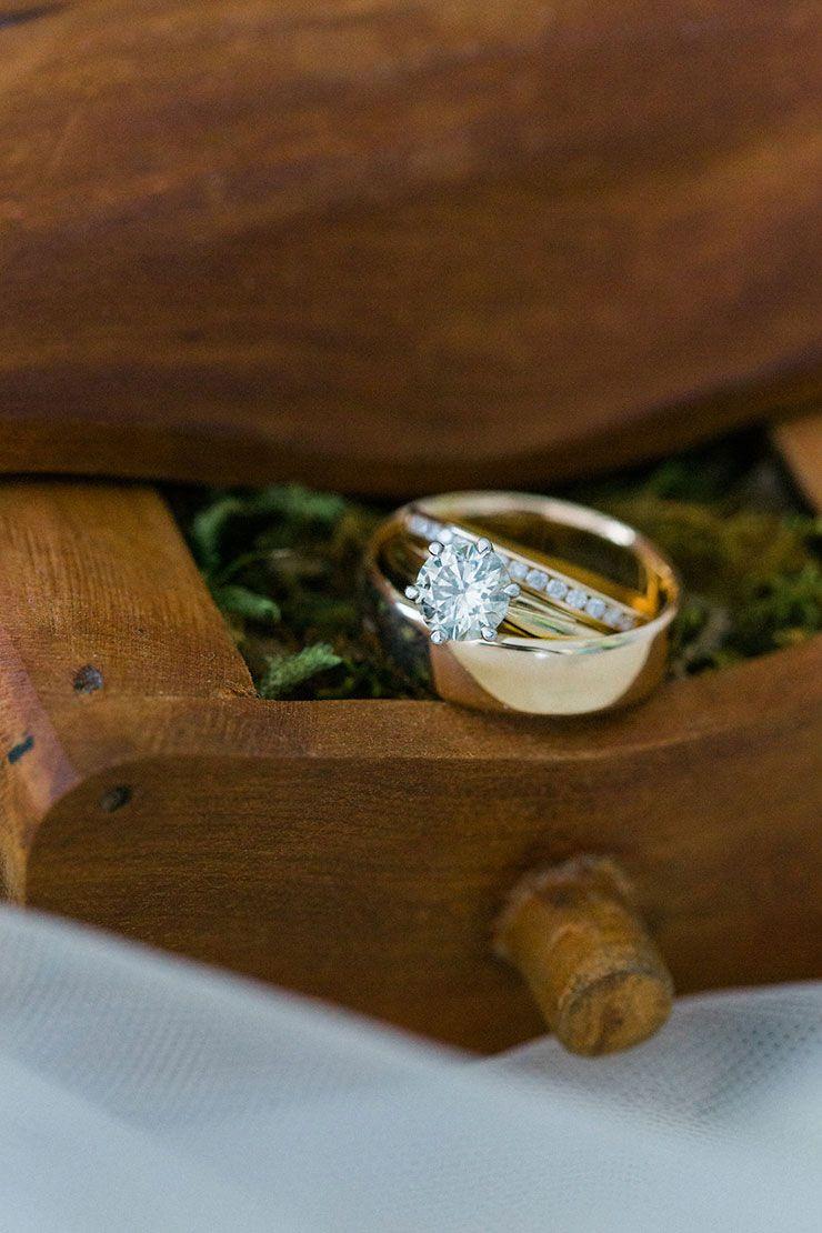 a vintage inspired garden wedding | wedding ring box, creative