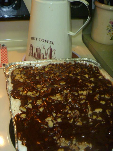 Easy Mississippi Mud Dump One Box Of Chocolate Cake Mix And One