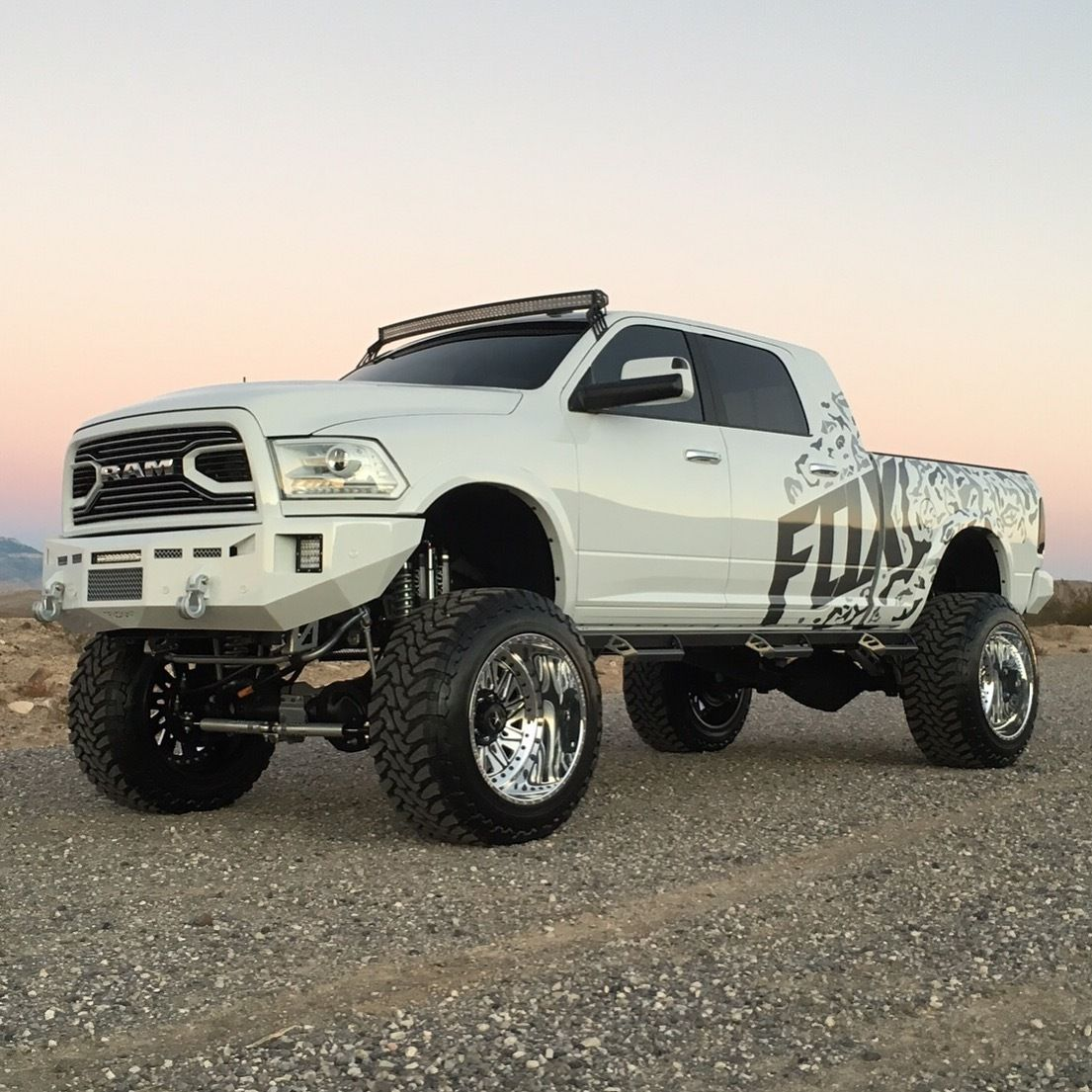 2015 ram 2500 laramie lifted sema truck monster trucks. Black Bedroom Furniture Sets. Home Design Ideas